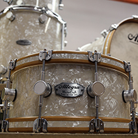 Master Craft in Antique White Pearl